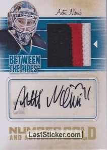 Antti Niemi (Game-Used Number&Auto)