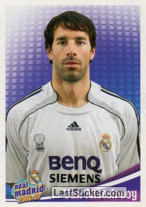 Van Nistelrooy (portrait) (Players Profile)