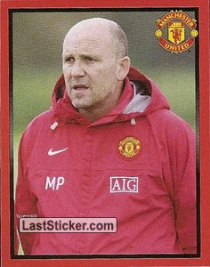 Mike Phelan in training (Managers)