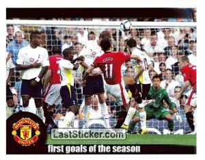 Giggs scores vs Tottenham (First goals of the season)