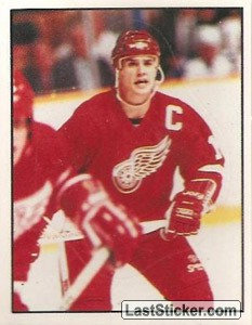 Steve Yzerman (Detroit Red Wings) (Action)